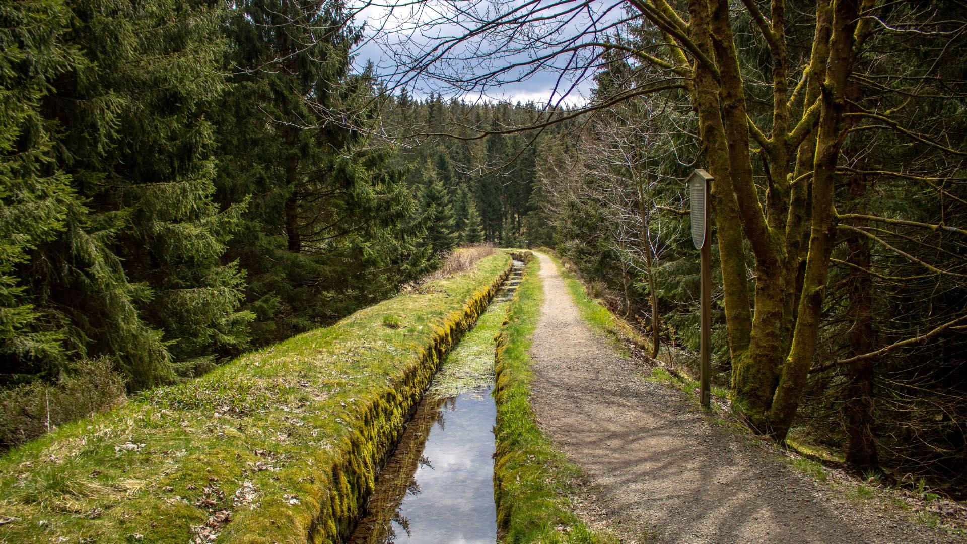 Huttaler Wassertour